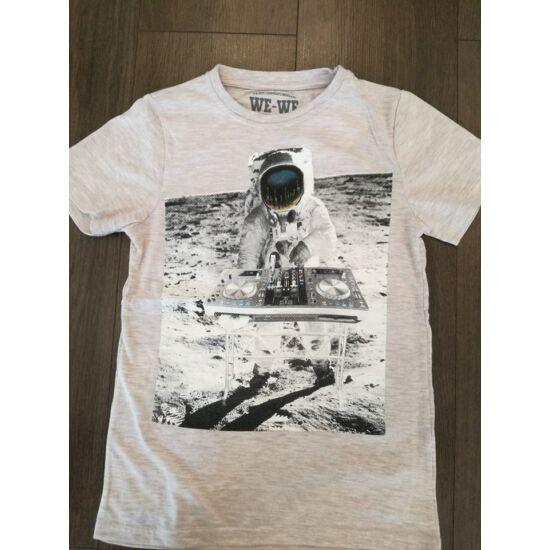Űrhajós DJ póló